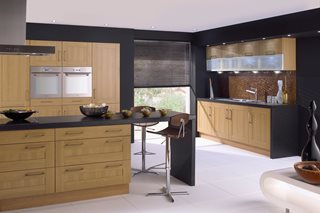 Shaker Lissa Oak Kitchen