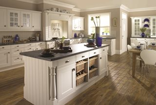 Davenport Platinum White Kitchen